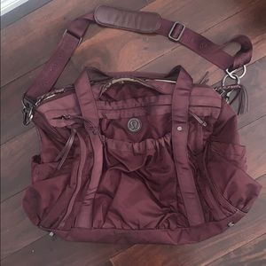 Lululemon duffle bag - USED. still 100% functional